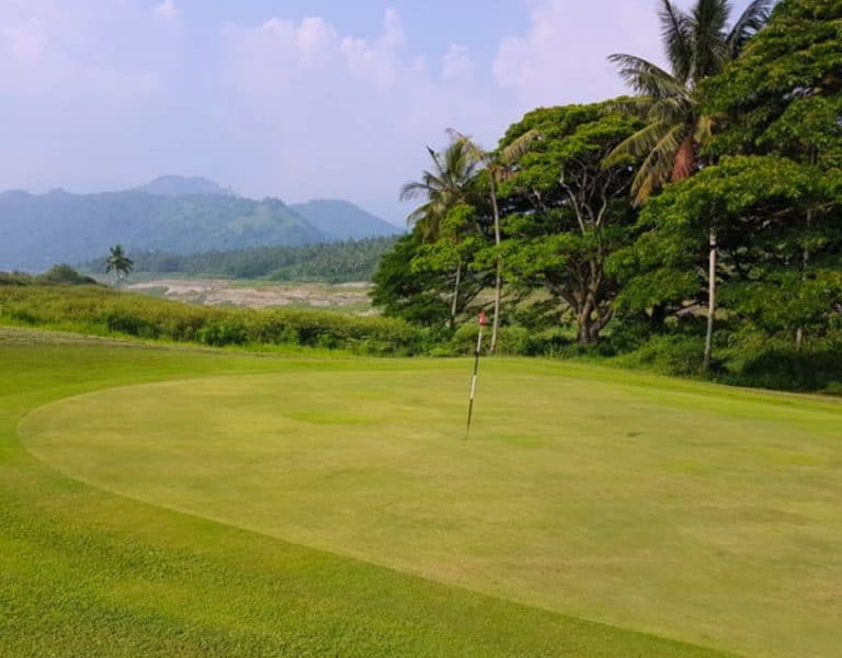 Play Golf in Kandy